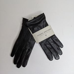 NWT Fownes brothers black leather gloves (m)